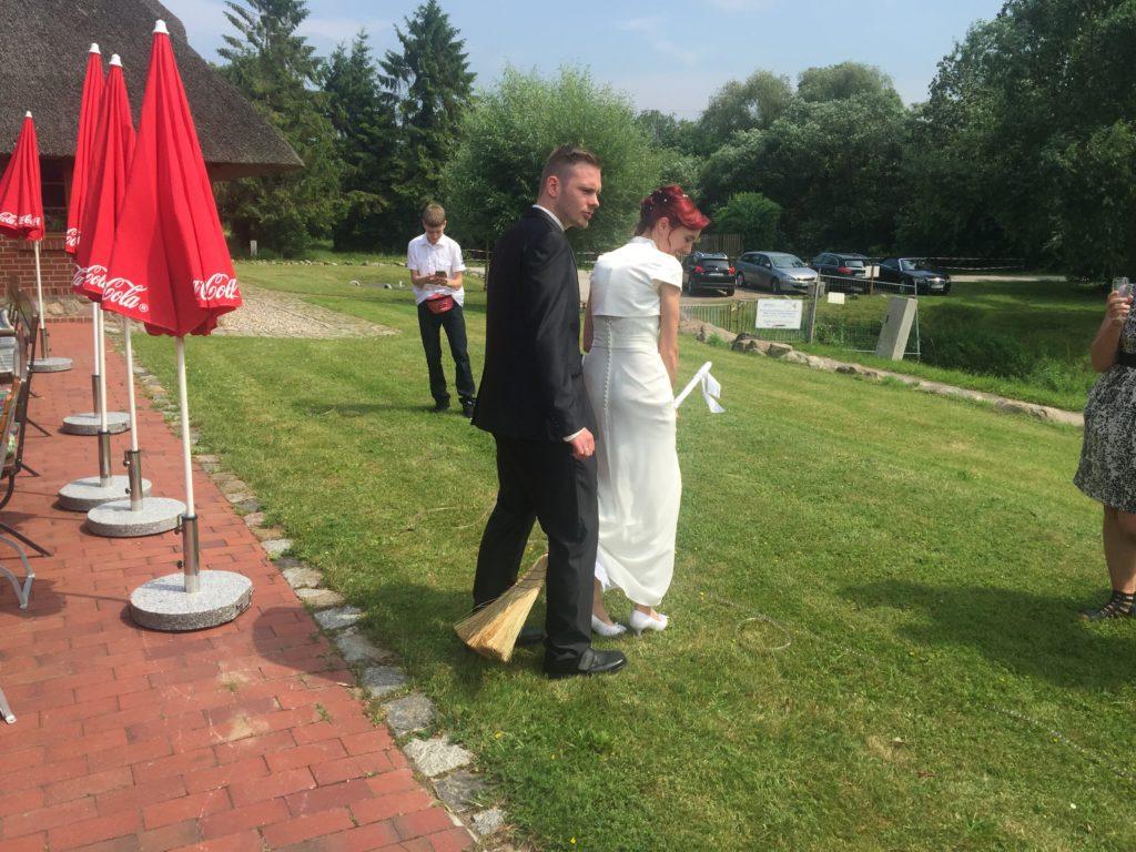 Freie Trauung Wismar – Hochzeit in der Fischräucherei