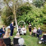 Hochzeitsredner Carsten Riedel bei der Rede zur freien Trauung