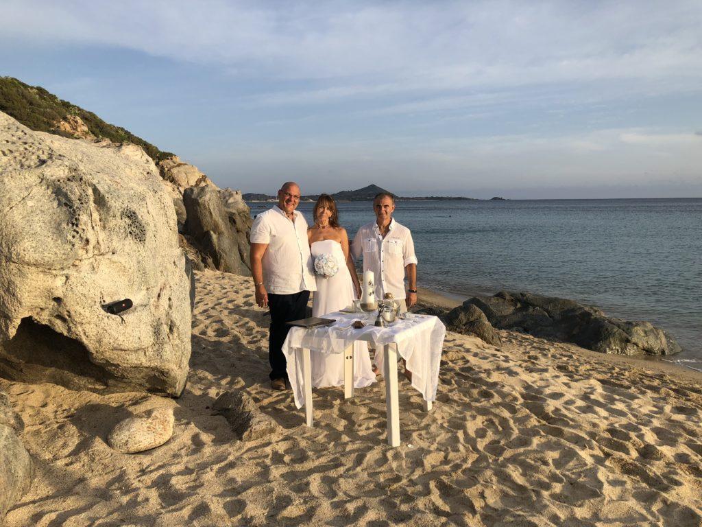 Strandhochzeit auf Sardinien – Erneuerungs-Ja in Villasimius