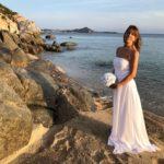 Strandhochzeit auf Sardinien, Carsten Riedel Hochzeitsredner, Braut am Strand