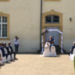 freie Trauung in Englisch auf Schloss Niederweis - Carsten Riedel bei Trauung
