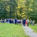 Hochzeitsgäste im Weltwald Freising